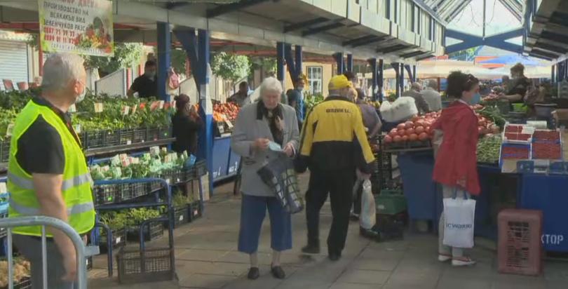 Затягат противоепидемичните мерки по пазарите в София