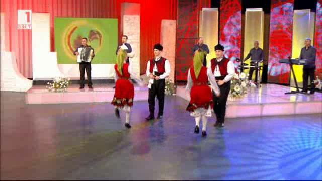 """Оркестър """"Елхово"""" и младата певица Елица Първанова"""
