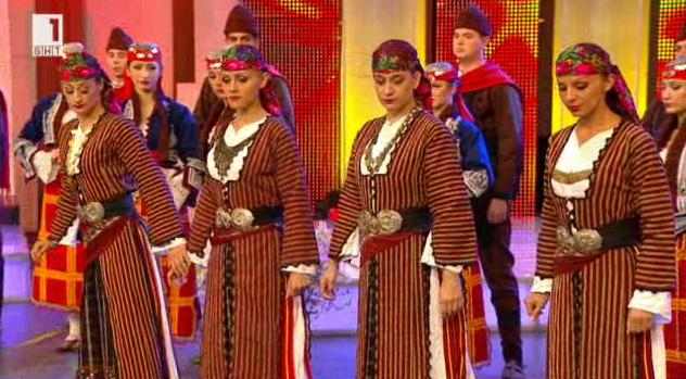 """Ансамбъл """"Българе"""" представя чудото на българския фолклор"""