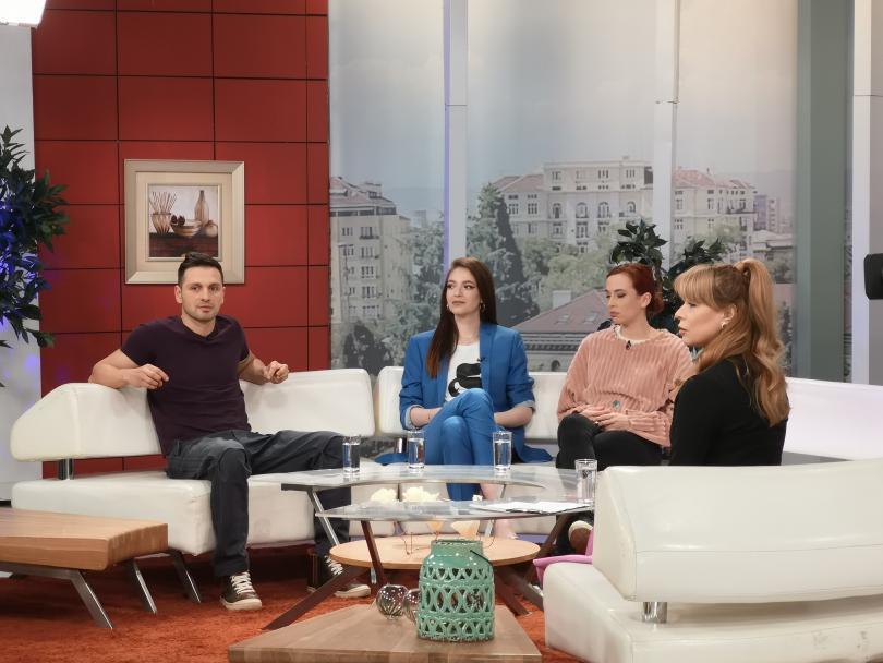 """Звезди от новия сериен филм на БНТ """"Денят на Бащата"""" на гости в """"Отблизо с Мира"""""""