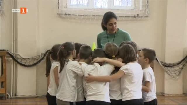 Две истории за мисията на учителя