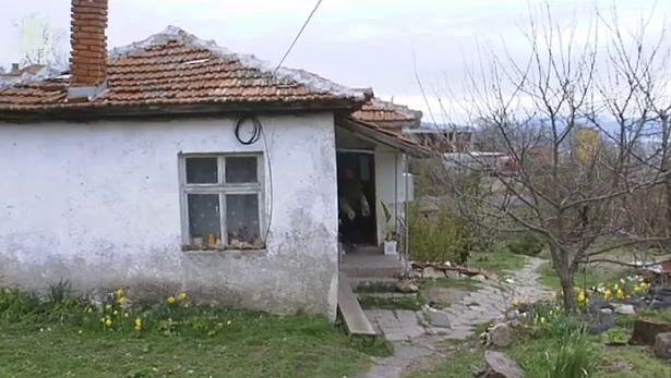 За село Енчец, свлачището и надеждата