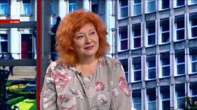 В неделното утро - среща с актрисата Мария Статулова