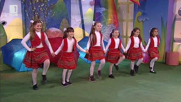 Защо фолклорните танци винаги са на мода
