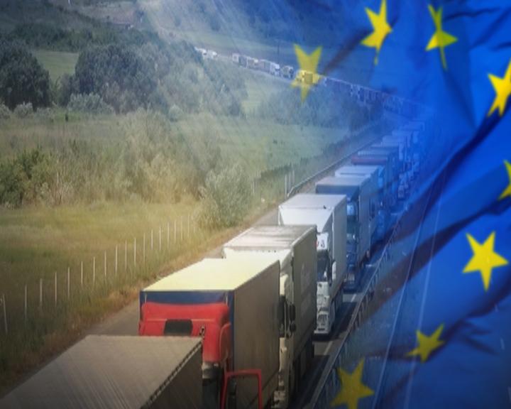 Българските превозвачи на път към Страсбург: Таяни е върнал пакета Мобилност