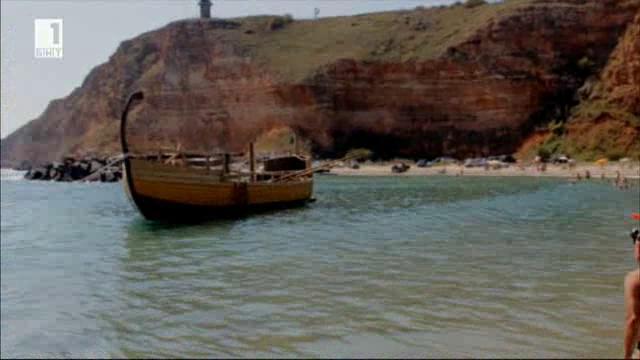 Реконструкция на тракийски кораб от Бронзовата епоха