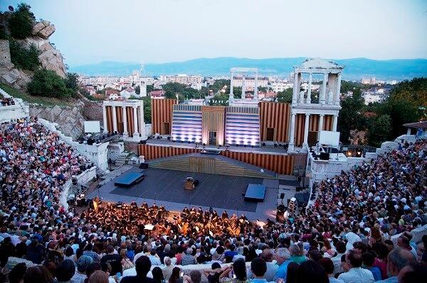 """""""Поетите и музиката"""" на Opera Open в Пловдив"""