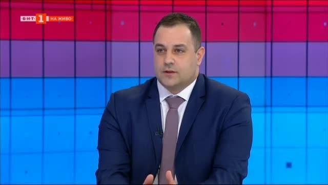 Футболният Левски на кръстопът - коментар на Момчил Лазаров