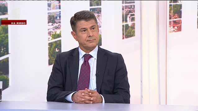 Димо Гяуров: Трябва да се помага на Македония за ЕС и НАТО
