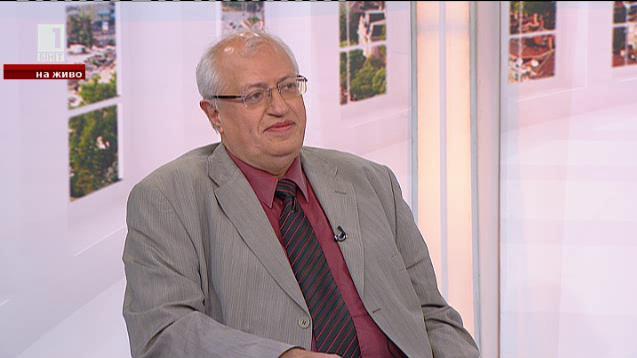 """Здраве в лабиринт. Накъде е изходът? Бившият директор на """"Пирогов"""" д-р Спас Спасков"""