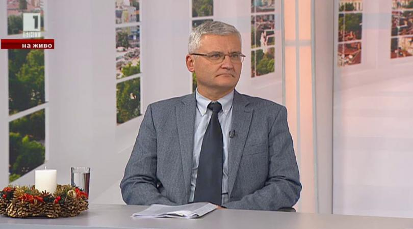 Минчо Спасов: Прокуратурата не може и не следва да бъде равнопоставена със съда