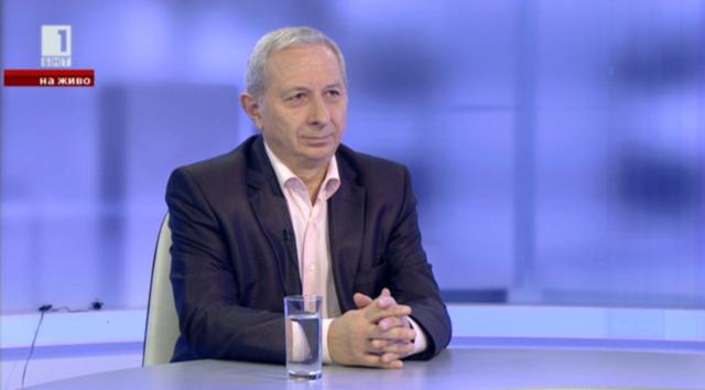Огнян Герджиков: Кой допусна неграмотни хора да избират органите на властта?