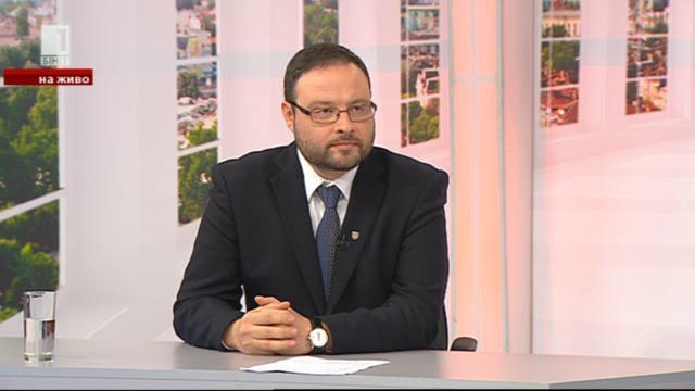 Десислав Чуколов: Атака измива очите на българските политици