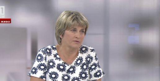 Лечева: Моделът Станишев е вреден за България