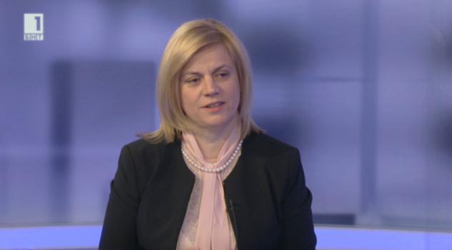 Министър Терзиева: Няма да допуснем незаконни постройки на плажовете