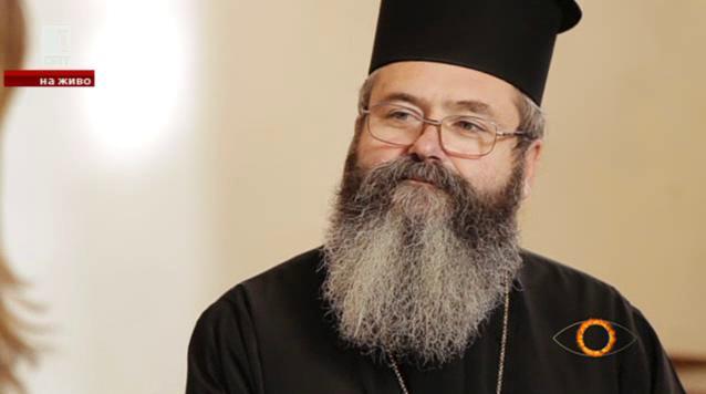Разговор с отец Ангел за мъдростта в живота, малката църква и ревността на религиите