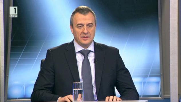 Йовчев: В България минаваме от криза в криза