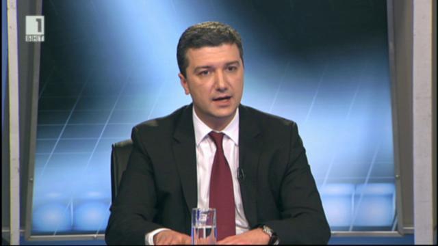 Министър Драгомир Стойнев за реакциите за американския реактор