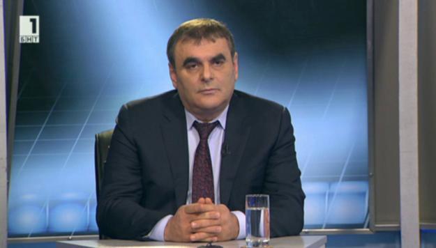 Папазов: В железопътния транспорт ще вложим почти 1 млрд. евро