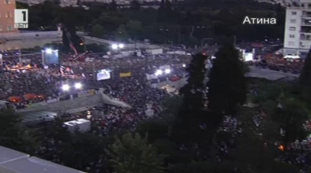 Пряко от Атина за нагласите на гърците преди референдума