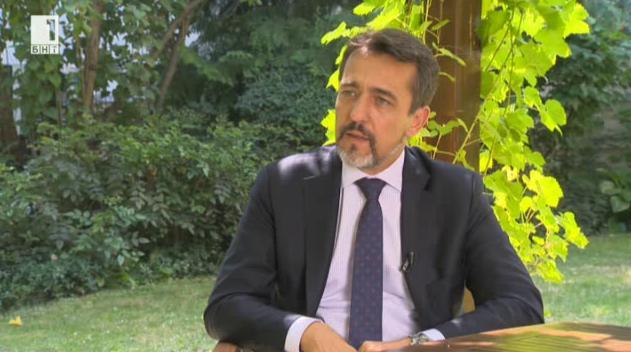 Войните на Франция и мафията в България – посланик Ксавие Лапер дьо Кабан