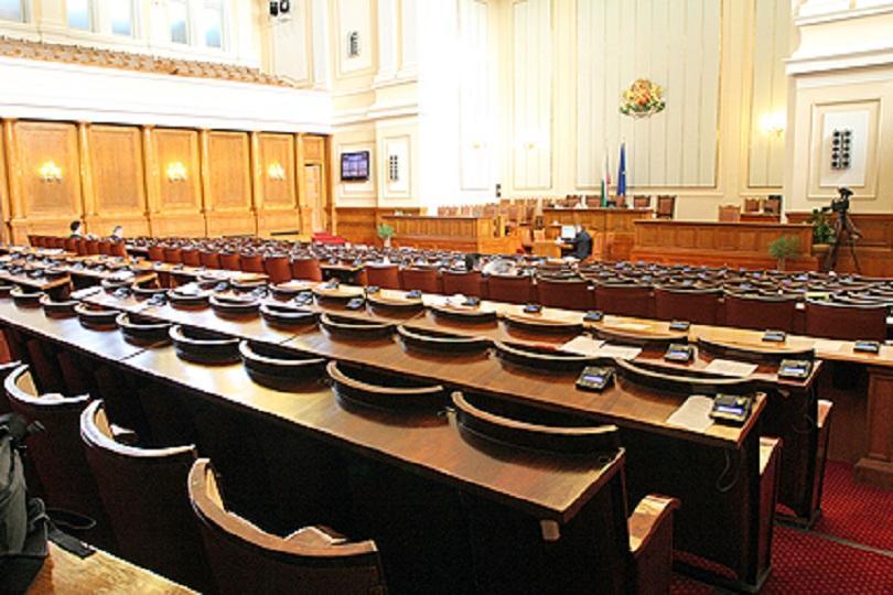 Кои са истински важните теми за България според политиците?