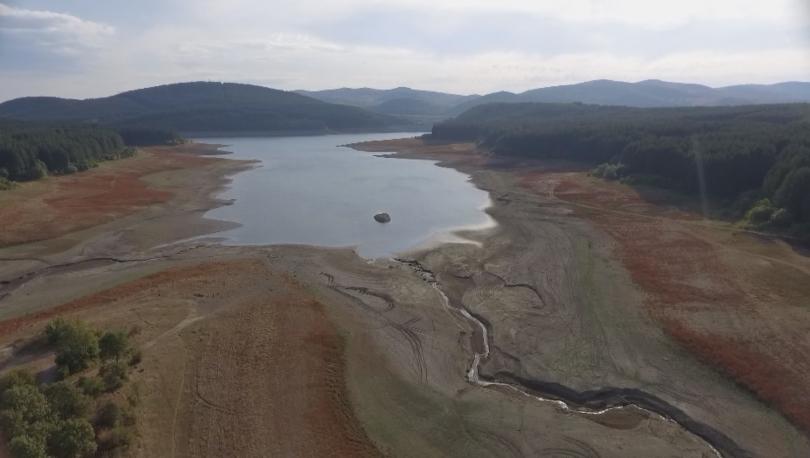 Между кризата и решенията - какво се случва с водата в Перник?