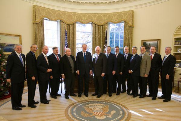 снимка 17 Дясната ръка на президента