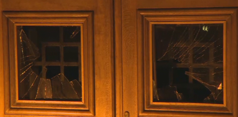 Protesters break the door of former Party House, 2 police officers injured