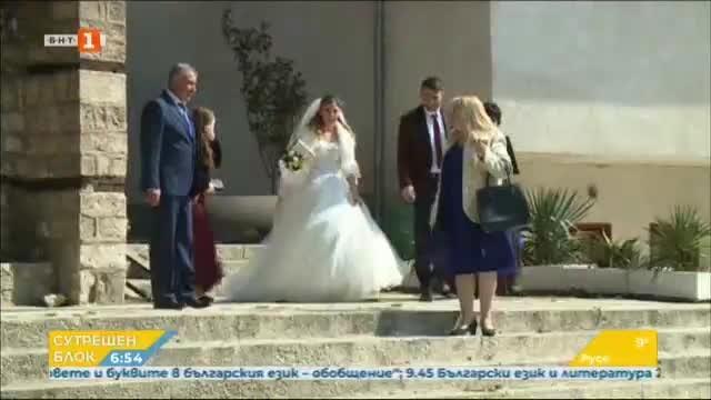 Младоженци в извънредно положение