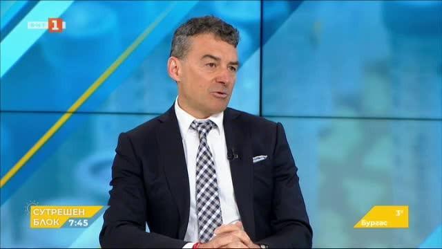 Проф. Иво Петров: Най-уязвими са хората с белодробни проблеми и намален имунитет