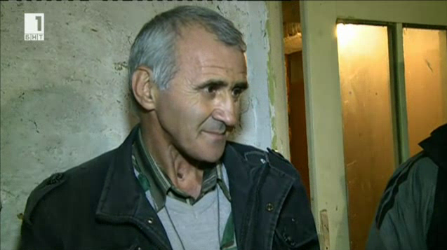 Мъж от силистренско село спаси щъркели от измръзване