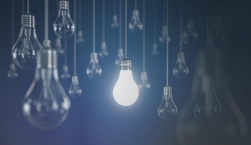 Колко ще струва токът за домакинствата и колко за бизнеса? Гостува Делян Добрев