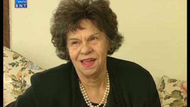 Умно село – 2 февруари 2014: Възгледите на Госпожа Стихийно бедствие - актрисата Стоянка Мутафова
