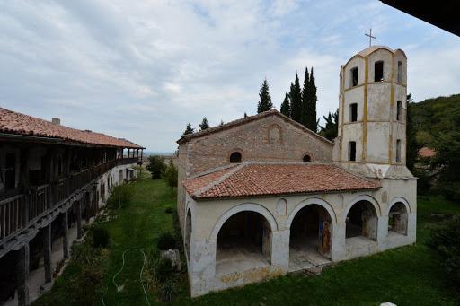 Мулдавски манастир Св. Петка