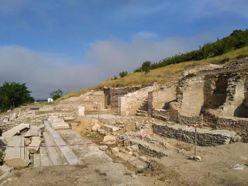 Новият археологически сезон в античния град Хераклея Синтика