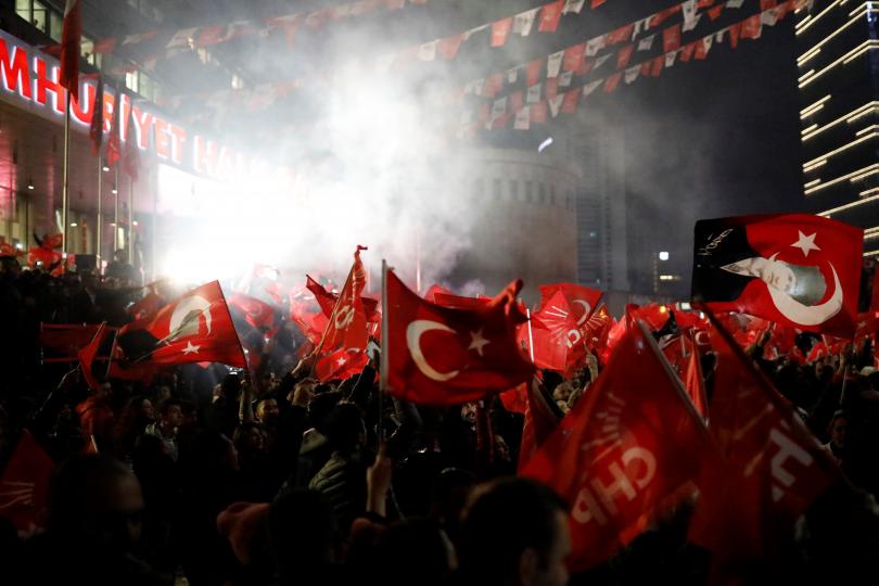 Волята на Турция - часове след гласуването за местна власт