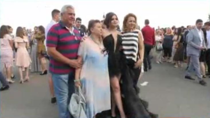 Абитуриентските балове в Бургас започнаха