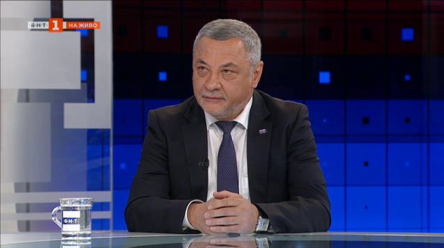 Валери Симеонов: От свикването на КСНС губи президентската институция