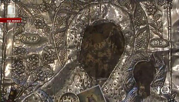 Храмът във Влахерна, дал началото на почитта към Покрова на Пресвета Богородица