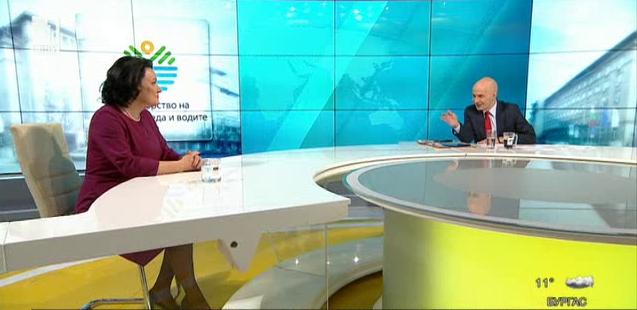 Как се управлява в оставка, чиста или мръсна е водата на българското Черноморие? Говори министърът в оставка Ивелина Василева