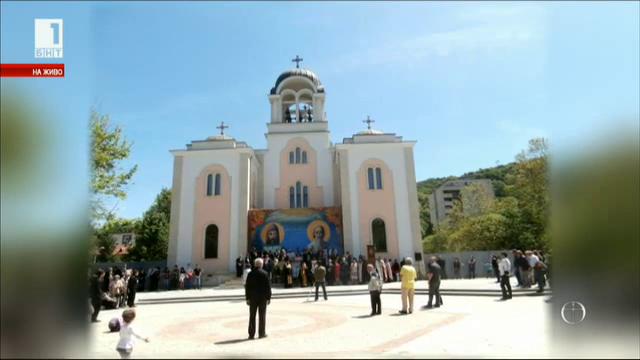 Утре в Ловеч се открива нов катедрален храм