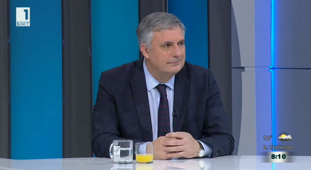 Ивайло Калфин: По-високите заплати ще доведат и до по-високи пенсии
