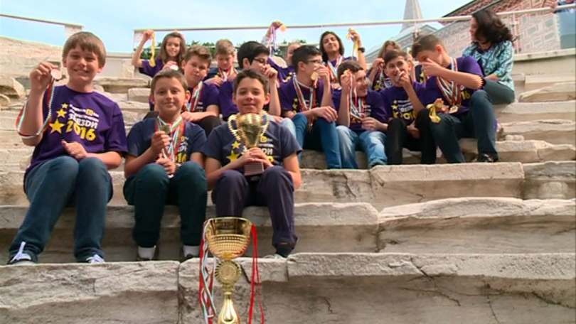 Математици от Пловдив се класираха за престижно състезание в Малайзия