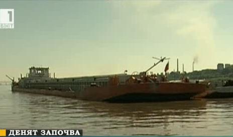 25-годишен катер следи за нарушители по р. Дунав