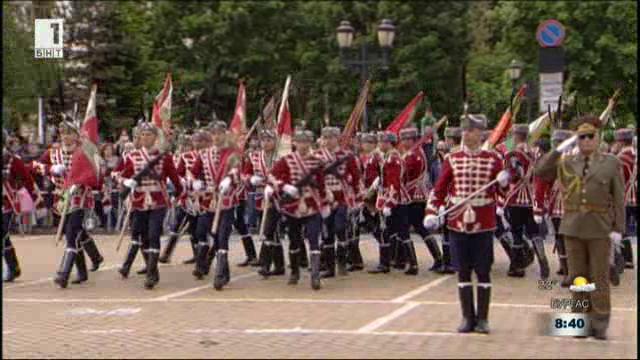 Армията търси 45 гвардейци