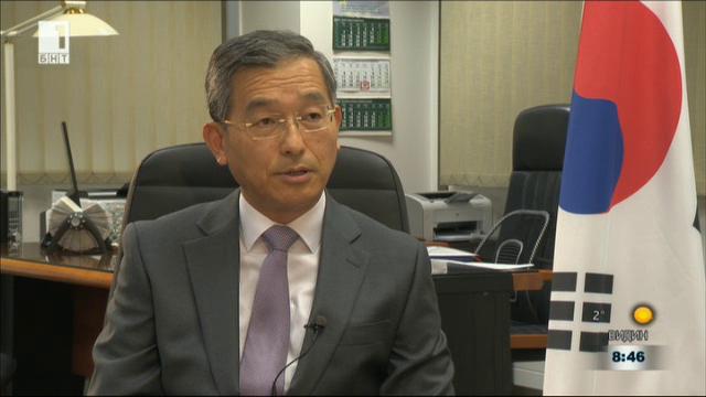 Посланик Шин Бунам: Надявам се Северна Корея да седне на масата за преговори