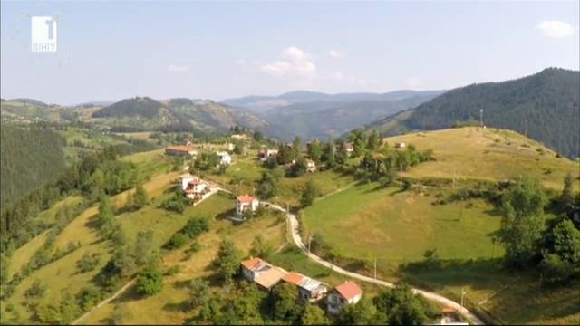Разказ за високата вълшебна земя в Родопите под връх Перелик