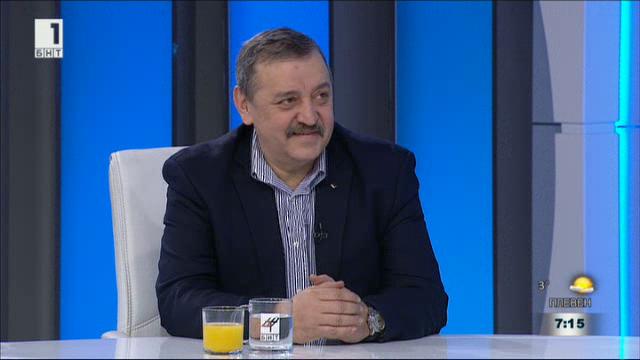 Проф. Тодор Кантарджиев: Съветвам разумните хора да ваксинират децата си