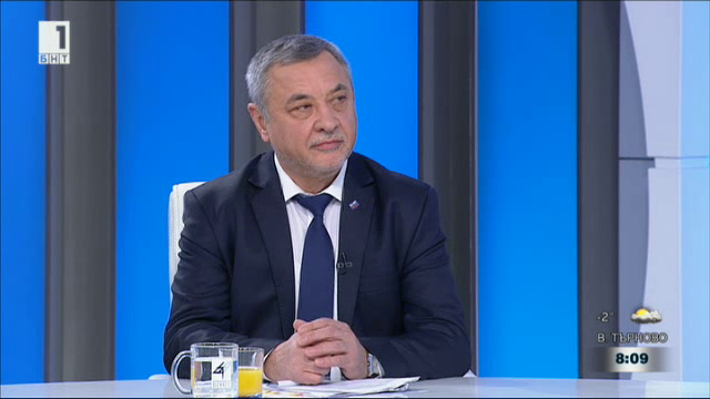 Валери Симеонов: Лъжа е, че ще се строи на 46% от територията на Пирин